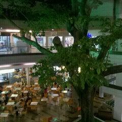 Foto tomada en Centro Comercial Oviedo por Carlos V. el 6/15/2012