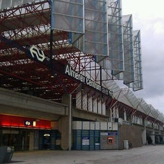 Photo taken at Station Almere Centrum by JoHnnY-B™ on 8/16/2011