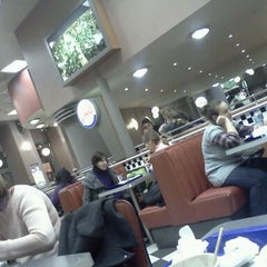 Photo taken at Burger King by Esther S. on 12/6/2011
