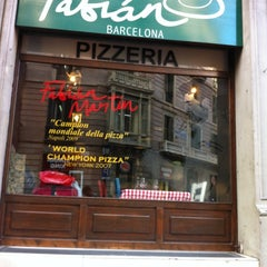 Photo taken at Fabian Barcelona by Glòria V. on 1/23/2012