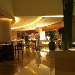 Photo taken at Trident Bandra Kurla - Mumbai by Rod N. on 2/25/2012