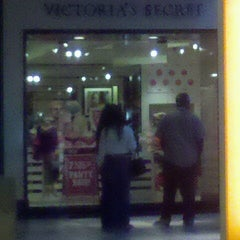 Photo taken at Victoria's Secret PINK by Katie W. on 9/5/2011