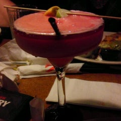 Photo taken at TGI Fridays by Victoria M. on 10/6/2011