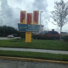 Photo taken at PDQ Tenders Salads & Sandwiches by Mucci P. on 8/17/2012