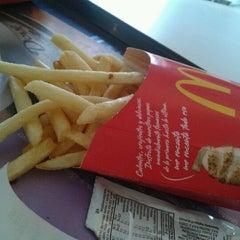 Photo taken at McDonald's by Bruno V. on 3/29/2012