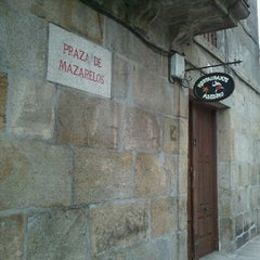Photo taken at Restaurante Asesino by Santi L. on 6/12/2011