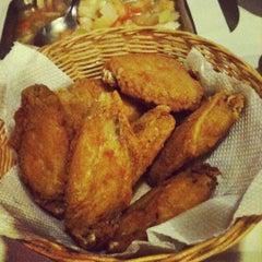 Photo taken at Magic Chicken by Suzi L. on 11/12/2011