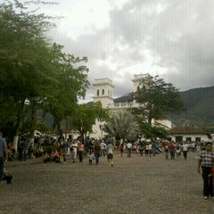 Photo taken at Parque Principal by Jaime Alberto G. on 4/6/2012