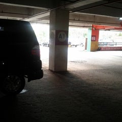 Photo taken at Parkiran Mal Panakkukang by Syamsul A. on 8/17/2012