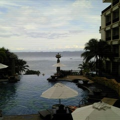 Photo taken at Garden Cliff Resort and Spa by monday O. on 8/26/2011