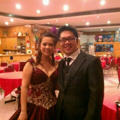 Photo taken at Heng Loong Restaurant 兴隆大酒家 by Patrick C. on 8/30/2011