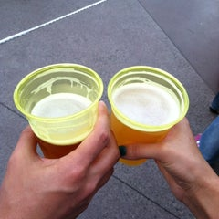 Photo taken at Karl Strauss Beer Truck by Jessica w/ E. on 6/2/2012