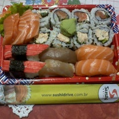 Photo taken at Sushi Drive by Aline C. on 10/3/2011