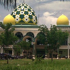 Photo taken at Masjid Umar bin Khattab UMI by Akbar M. on 8/18/2012