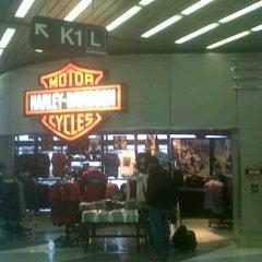 Photo taken at Windy City Harley-Davidson by Glenn J. on 11/9/2011