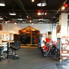 Photo taken at Dewata Harley-Davidson by Manlaik M. on 3/25/2012