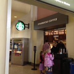 Photo taken at Starbucks by Bew B. on 5/5/2012
