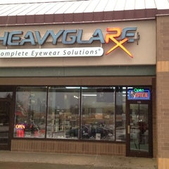 Photo taken at Heavyglare  Eyewear by Grant L. on 1/14/2012