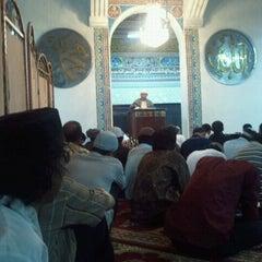 Photo taken at Masjid Cut Meutia by Cahyo - Nurul Wibawa b. on 8/19/2011