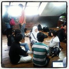 Photo taken at Kantin Bengkok by Masamu K. on 9/7/2012