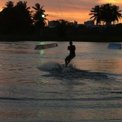 Foto tirada no(a) Colosso Wake Park por Eduardo R. em 5/1/2012