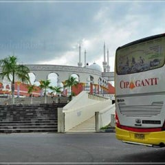 Photo taken at Cipaganti Tourism Bus by Andry S. on 8/6/2012