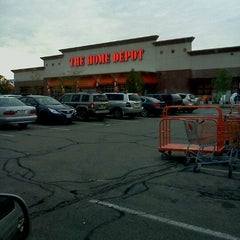 Photo taken at The Home Depot by Fabian B. on 4/28/2012