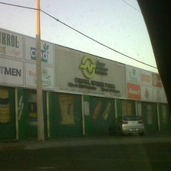 Photo taken at Super Mayoreo Naturista by Doc_Murillo on 3/1/2012
