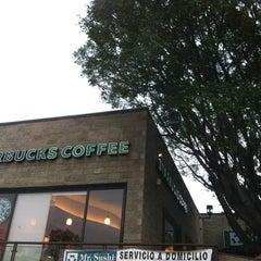 Photo taken at Starbucks by Juan Francisco F. on 5/1/2012