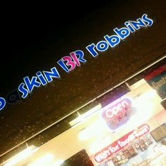 Photo taken at Baskin-Robbins by Terika B. on 3/20/2012