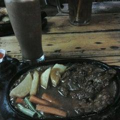 Photo taken at Kampoeng Steak by Diyah Ayu I. on 6/19/2012