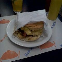 Photo taken at Stillus Burger by André S. on 5/28/2012