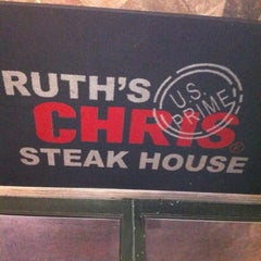 Photo taken at Ruth's Chris Steak House by Mike P. on 8/30/2012