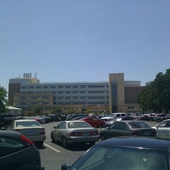 Photo taken at Engineering Research Building by Aboosh on 8/10/2011