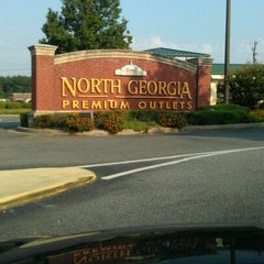 Photo taken at North Georgia Premium Outlets by Jesus C. on 8/13/2011
