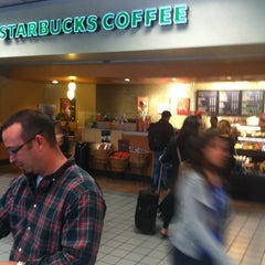 Photo taken at Starbucks by Dillon I. on 11/11/2011