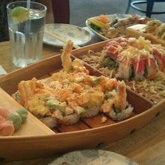 Photo taken at Banzai Sushi & Thai by Joyce on 11/23/2011