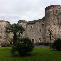 Photo taken at Castello Ursino by Keru D. on 3/19/2011
