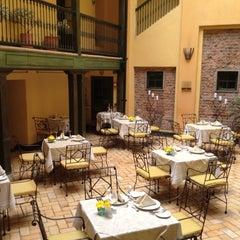 Foto tomada en Hotel de la Opera por QueLlevar .. el 8/26/2012