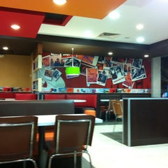 Photo taken at KFC by Andrés C. on 11/25/2011