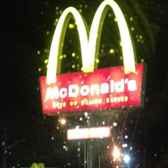 Photo taken at McDonald's by Meredith E. on 12/6/2011