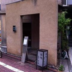 Photo taken at 粋場蕎麦 ひさ奈 by Beita I. on 5/25/2012