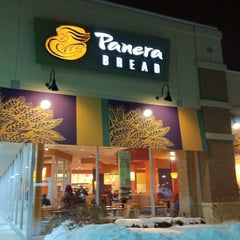 Photo taken at Panera Bread by Carlo M. on 1/29/2011