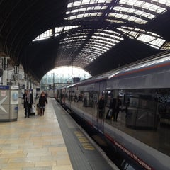 Photo taken at Heathrow Express Train - Paddington [PAD] to Heathrow [HXX] by Lynne J. on 3/14/2012
