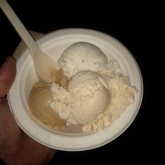 Photo taken at Humphry Slocombe by Heath A. on 4/29/2012