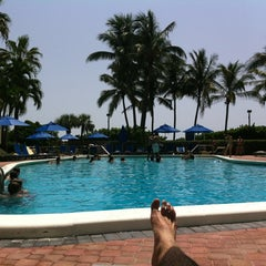 Photo taken at Four Points by Sheraton Miami Beach by Charlie G. on 7/26/2012