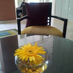 Photo taken at Courtyard by Marriott Bangkok by Thanaphat C. on 5/9/2012