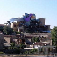 Photo taken at Hotel Marqués de Riscal by Norwel on 9/8/2012
