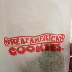 Photo taken at Great American Cookies by K onda on 2/17/2012