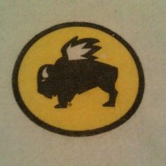 Photo taken at Buffalo Wild Wings by JEREMY (DJ JERMATIK) B. on 11/18/2011